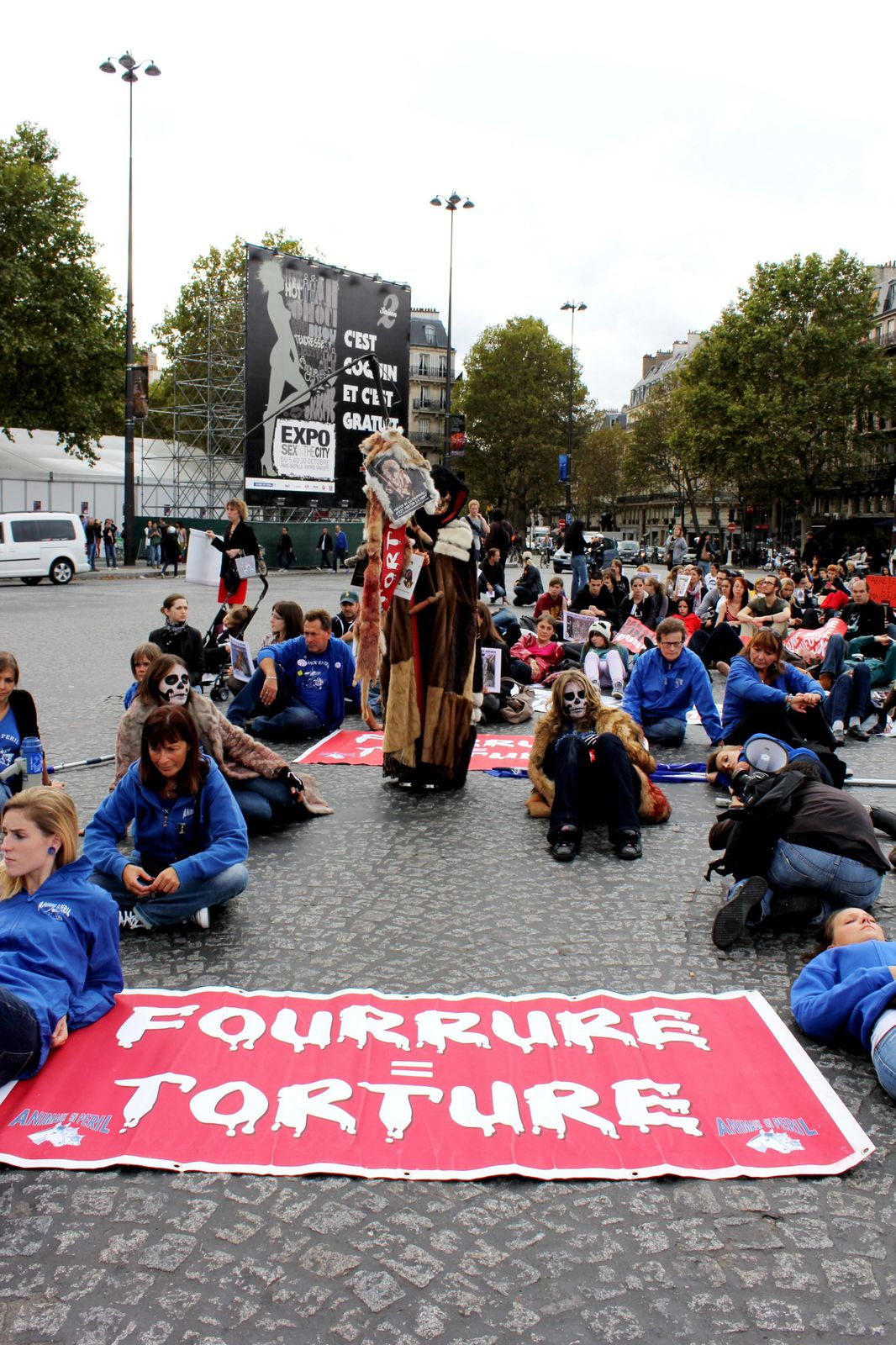 Manifestation anti fourrure le 5 octobre, Paris