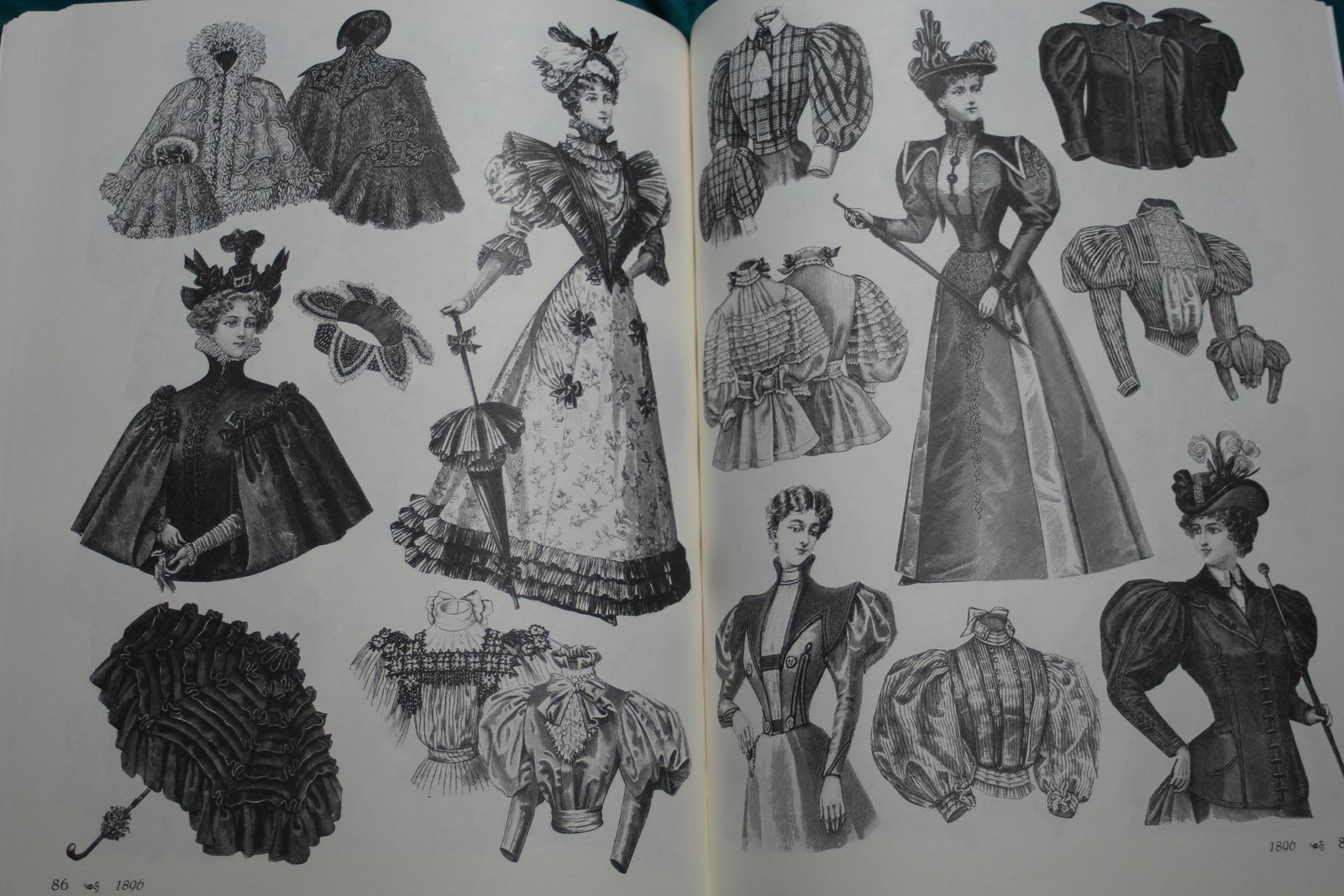 Victorian fashions a pictorial archive 83