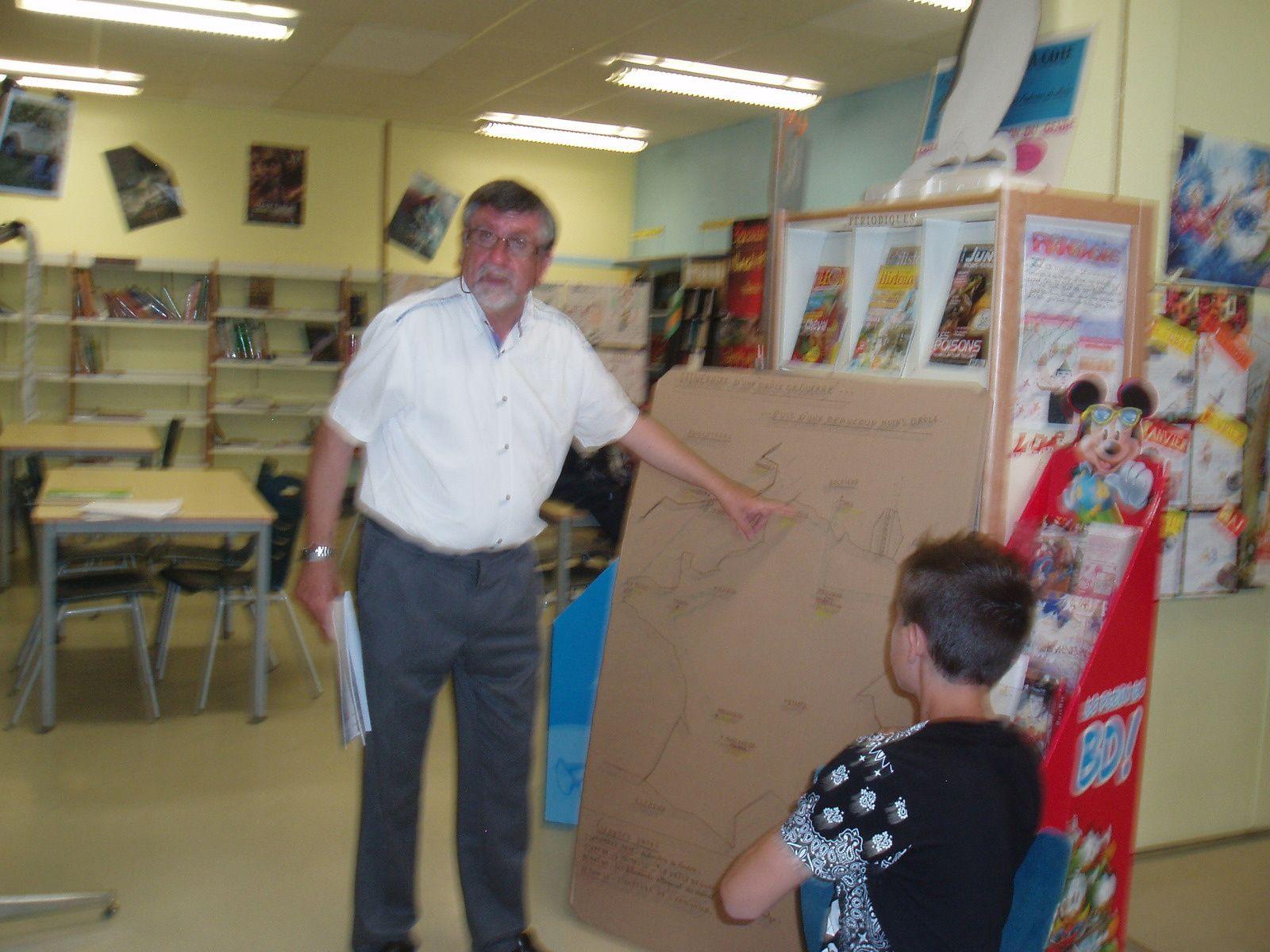 Jean Maldant est venu présenter aux élèves du club Mémoires  le parcours de son père