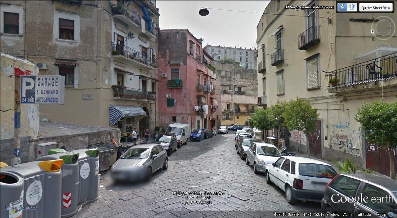 via San Gennaro dei Poveri