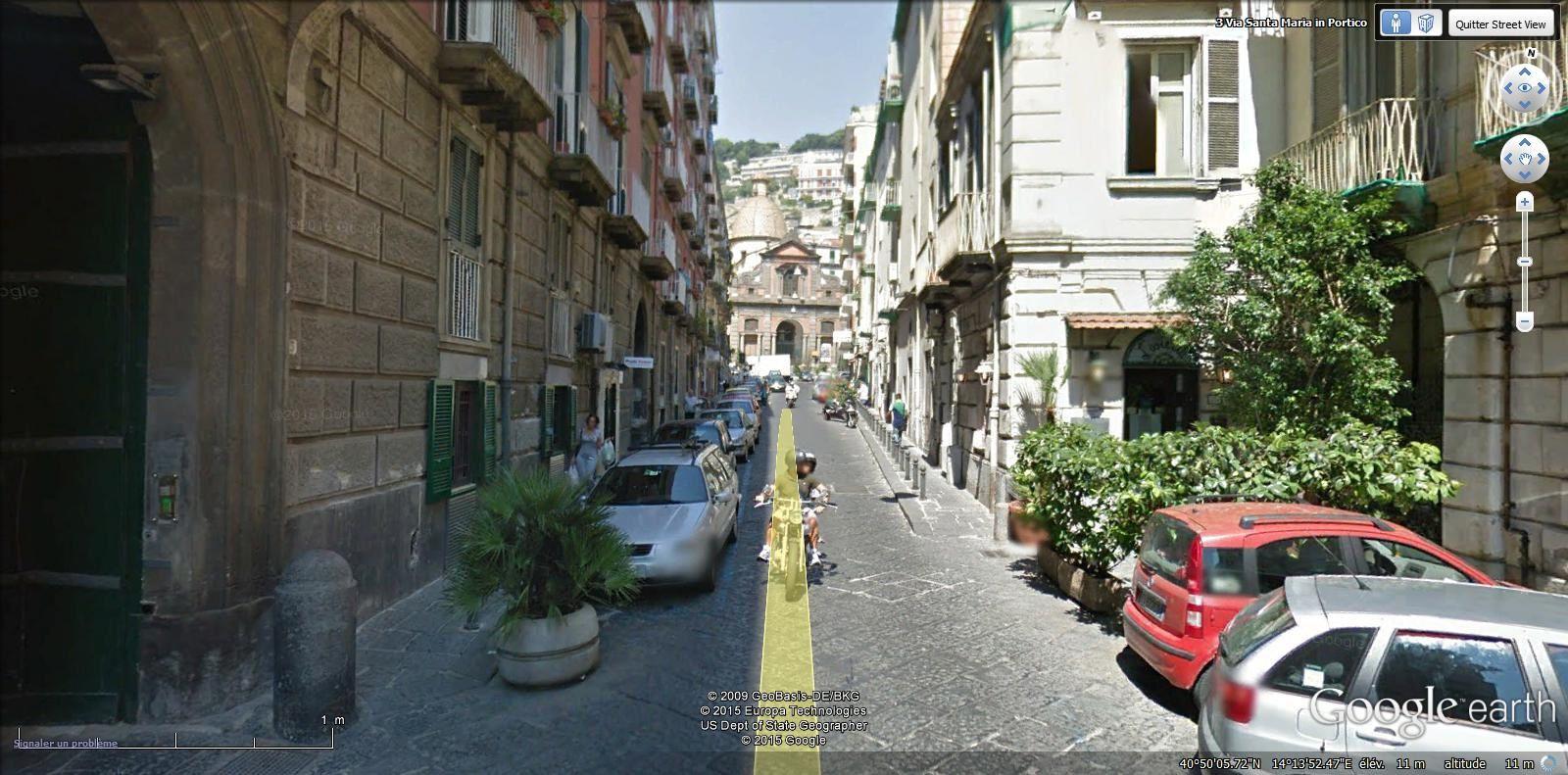 via Santa Maria in Portico