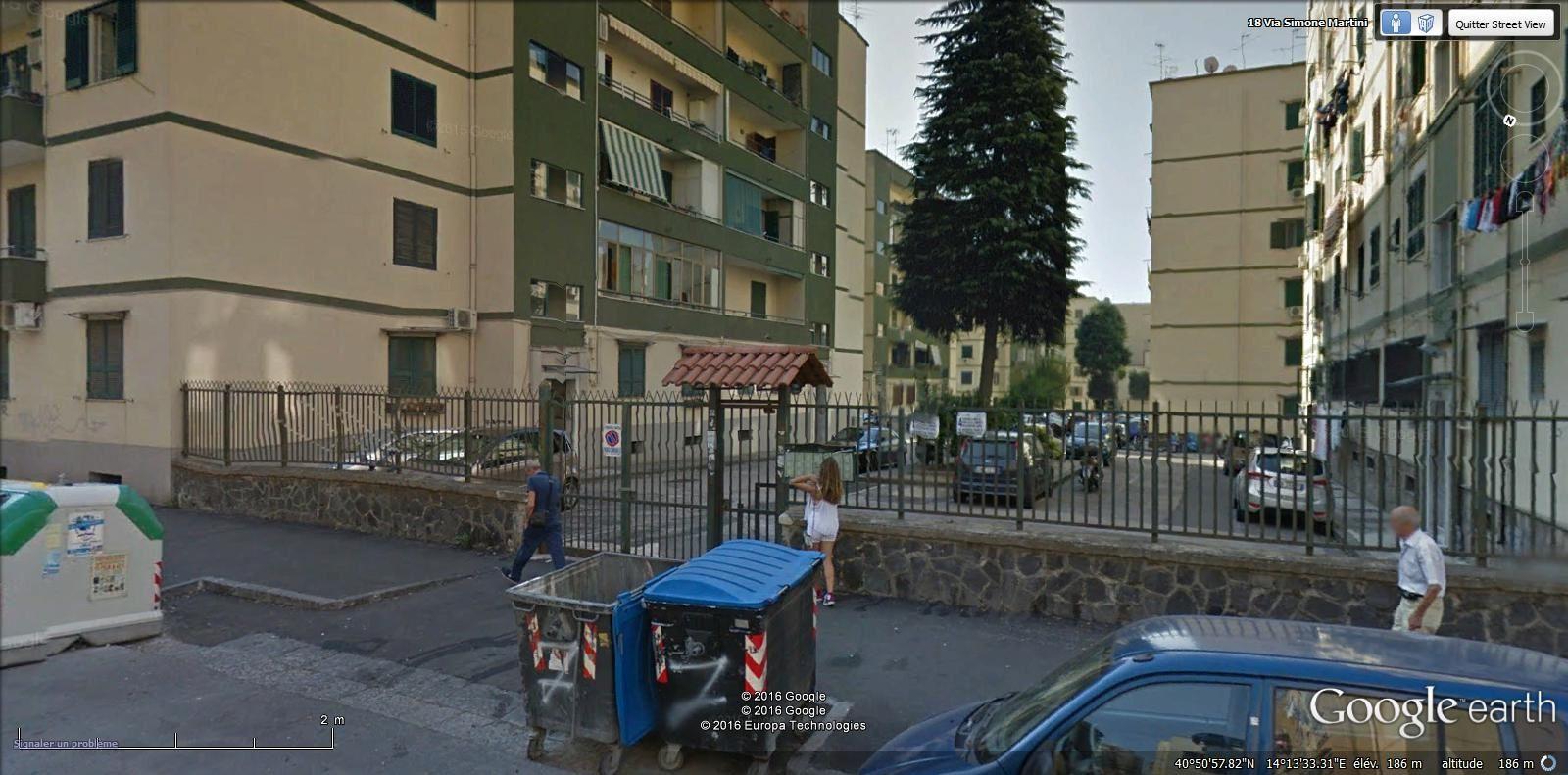 traverse de la via Simone Martini