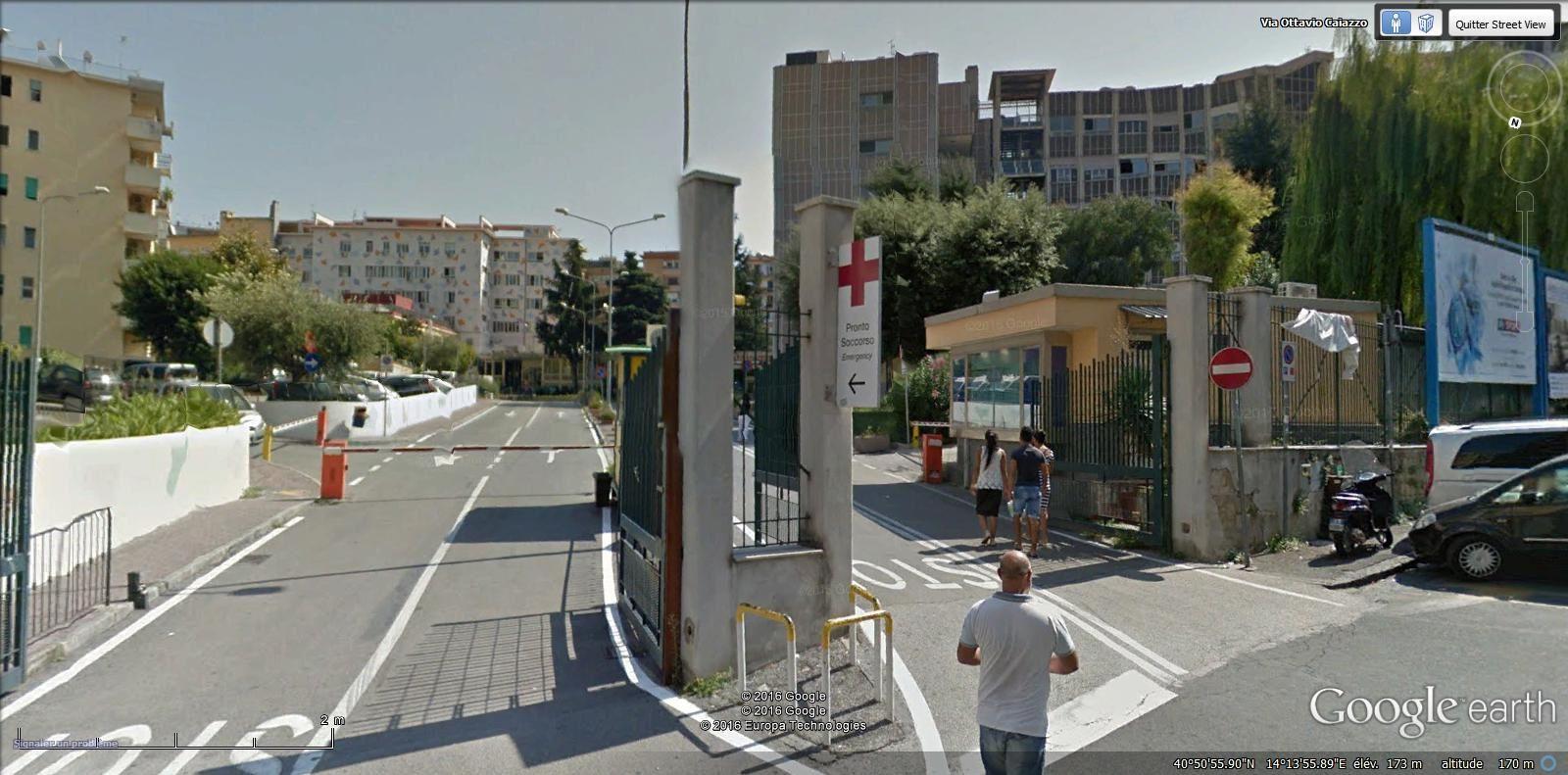 hôpital Santobono