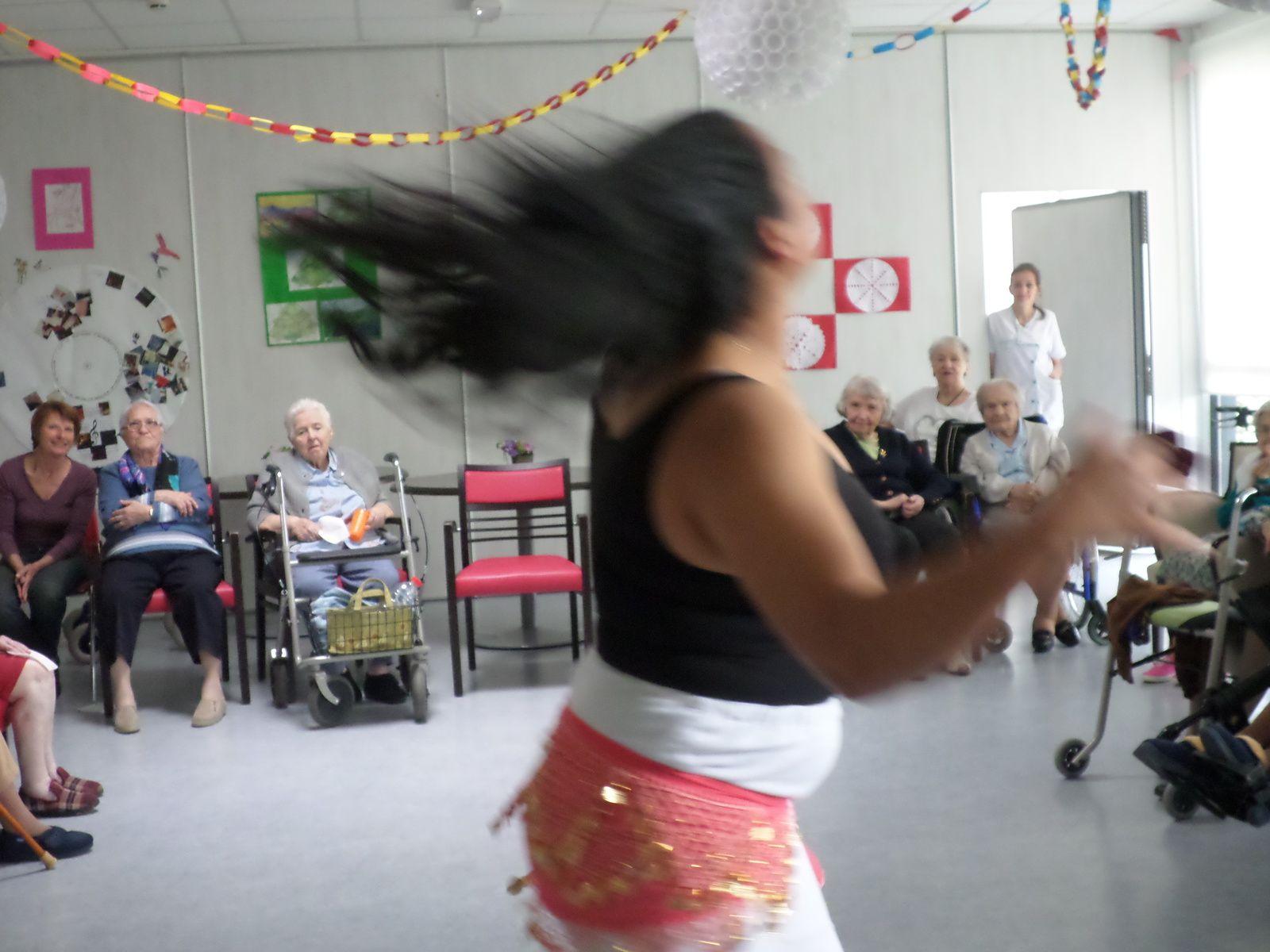 Danses orientales à Curtis
