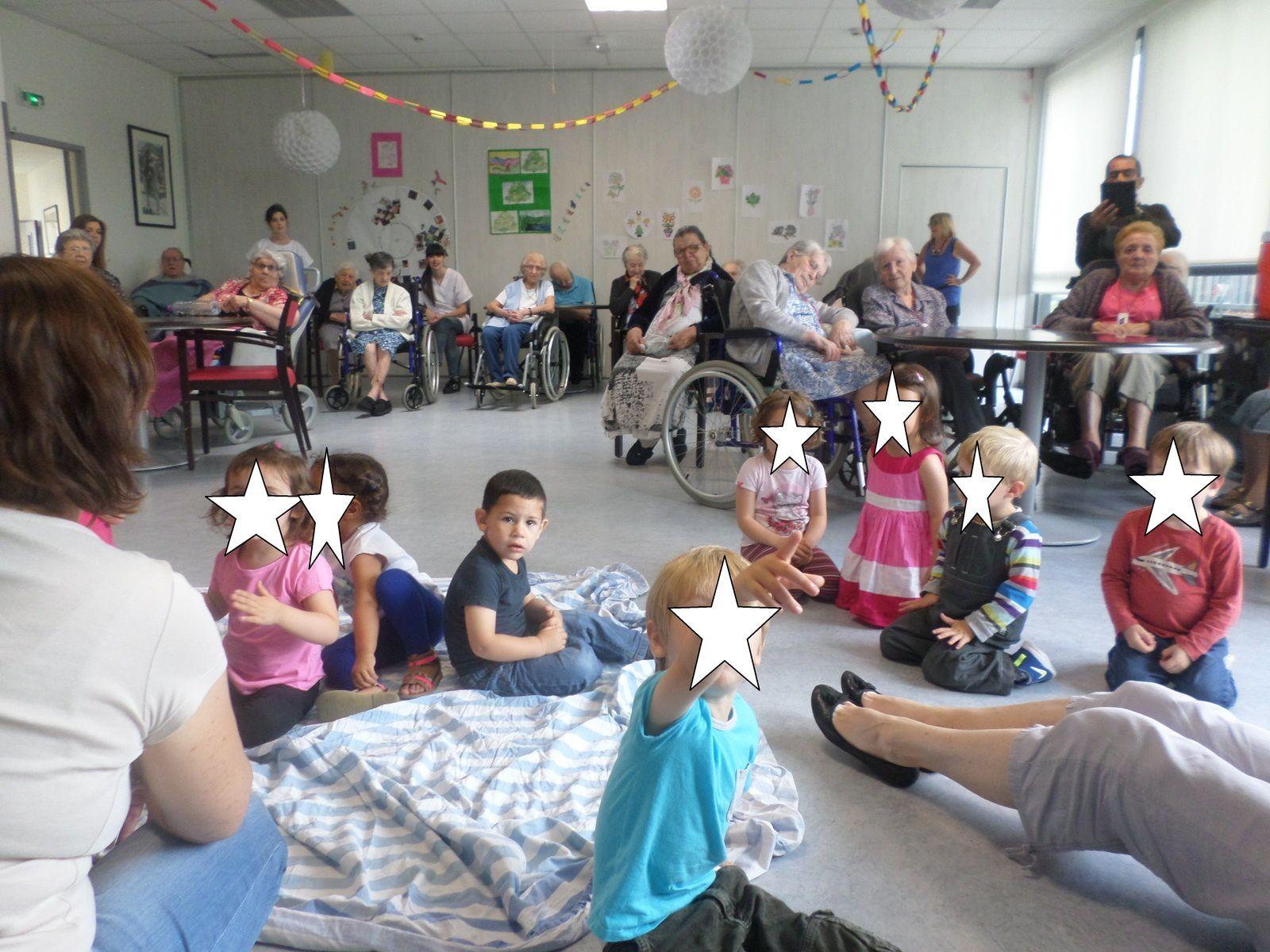 La fête de la musique avec &quot&#x3B;les enfants Calinous&quot&#x3B;