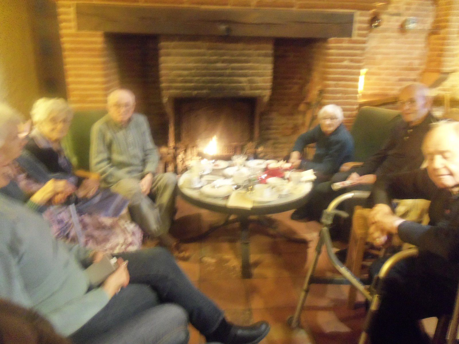 Sortie au salon de thé : le ratelier