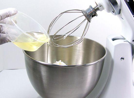 Ajouter l'huile végétale de votre choix