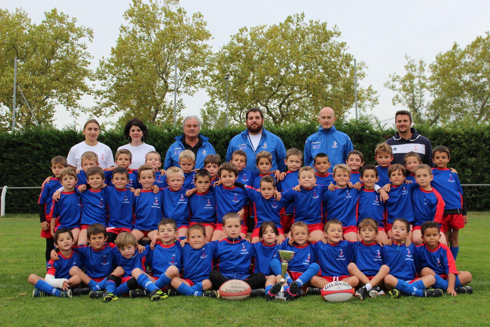 Toutes les équipes du club, cliquez sur la photo pour agrandir. Dans l'ordre : les débutants -6, les Jeunes pousses -8, les poussins -10, les benjamins -12, les minimes -14, les cadets -16, les juniors -18 et les séniors +18