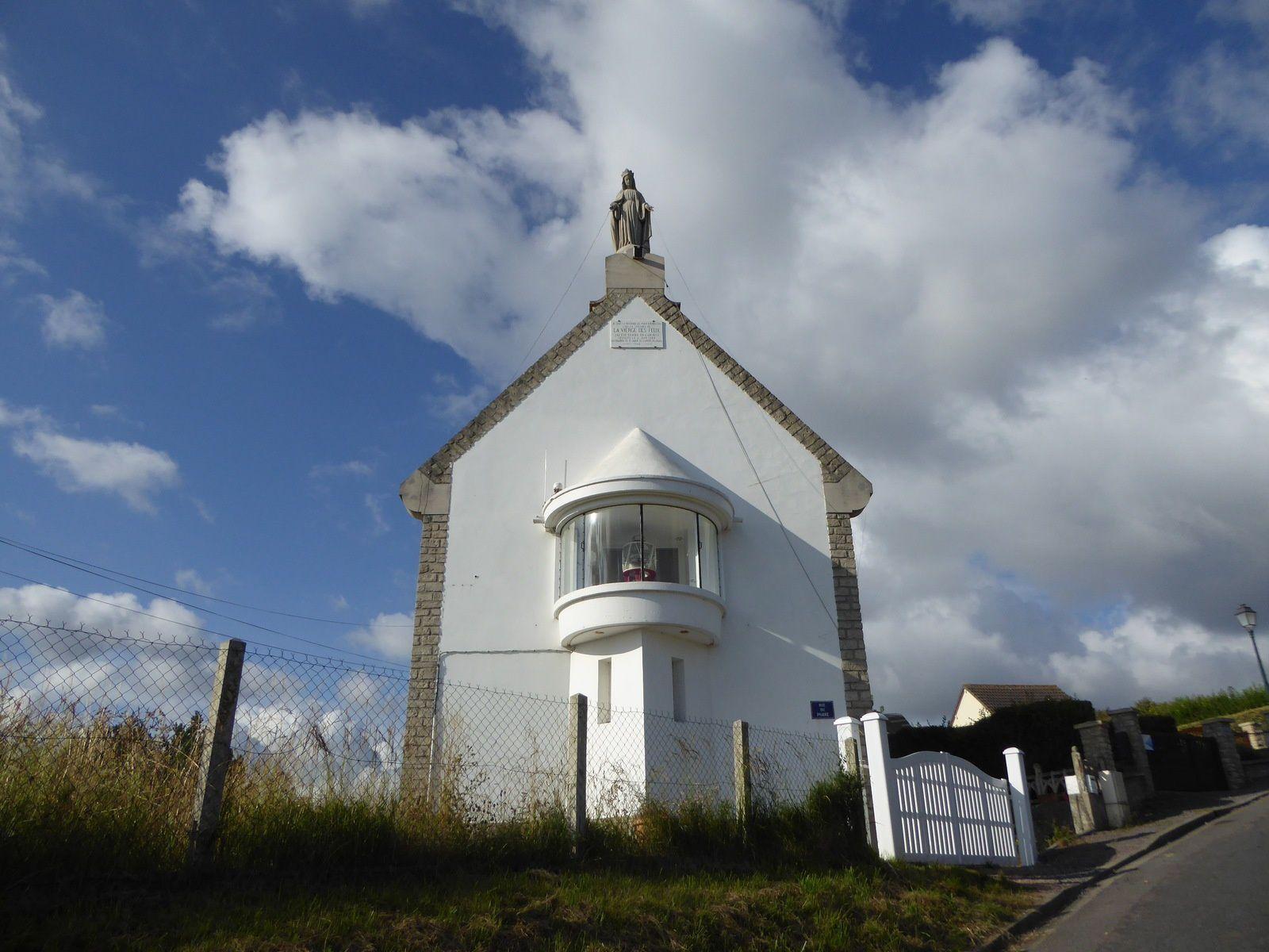Promenade en Normandie - Eté 2016. 2/.. Randonnée en boucle à Port-en-Bessin - 8 km.