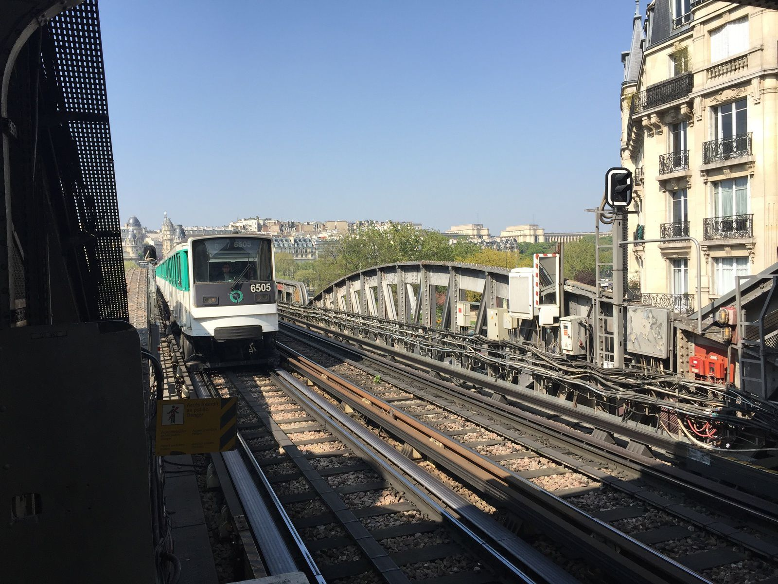 Retour par le métro (Ligne 6) à Bir-Hakem.