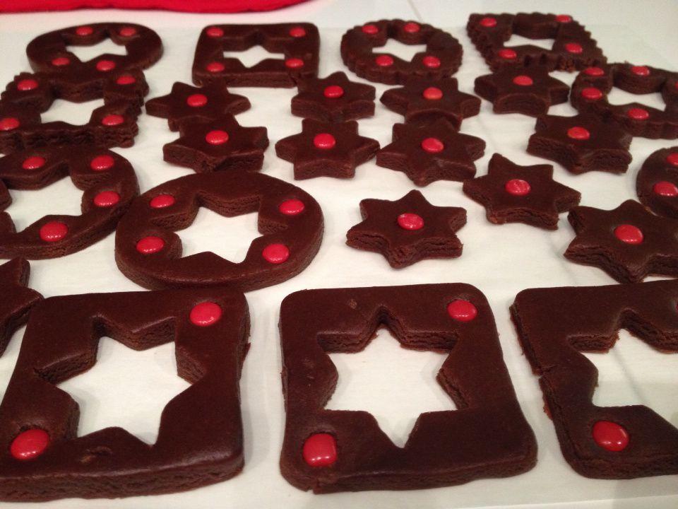 Biscuits de noel au cacao