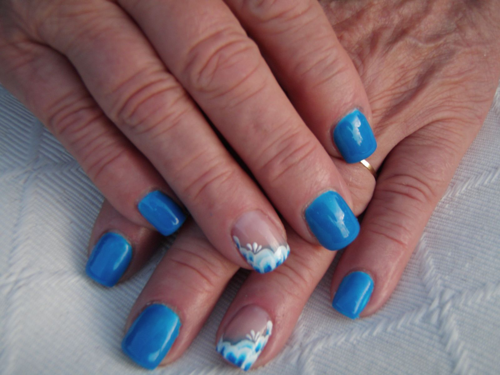 &quot&#x3B;Neon blau&quot&#x3B; et one stroke avec Onglemod