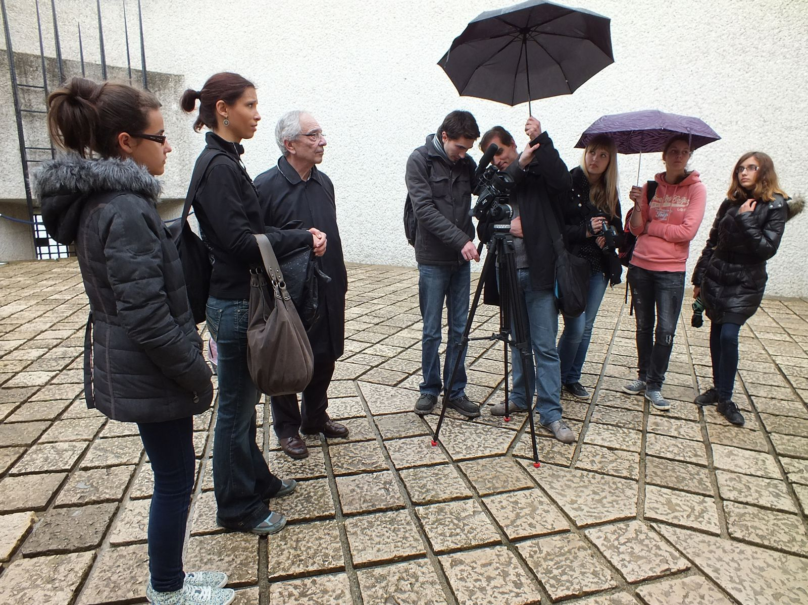Tournage de séquences du film au Mémorial des martyrs de la Déportation.