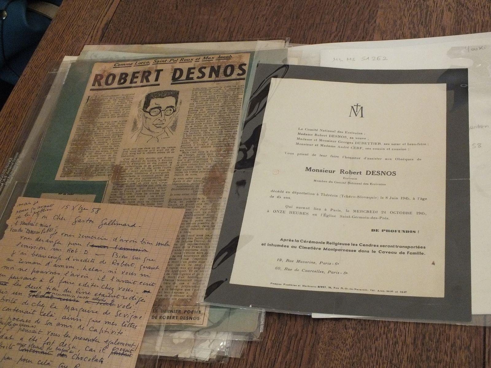 sur la mort de Robert Desnos : article de presse, lettre de Youki à Gaston Gallimard, faire-part des obsèques de Desnos.