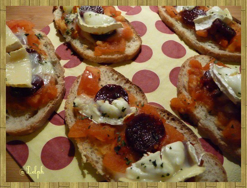 Tartines au Chorizo et Chèvre