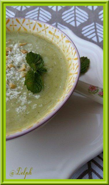 Soupe de Courgettes à la Menthe