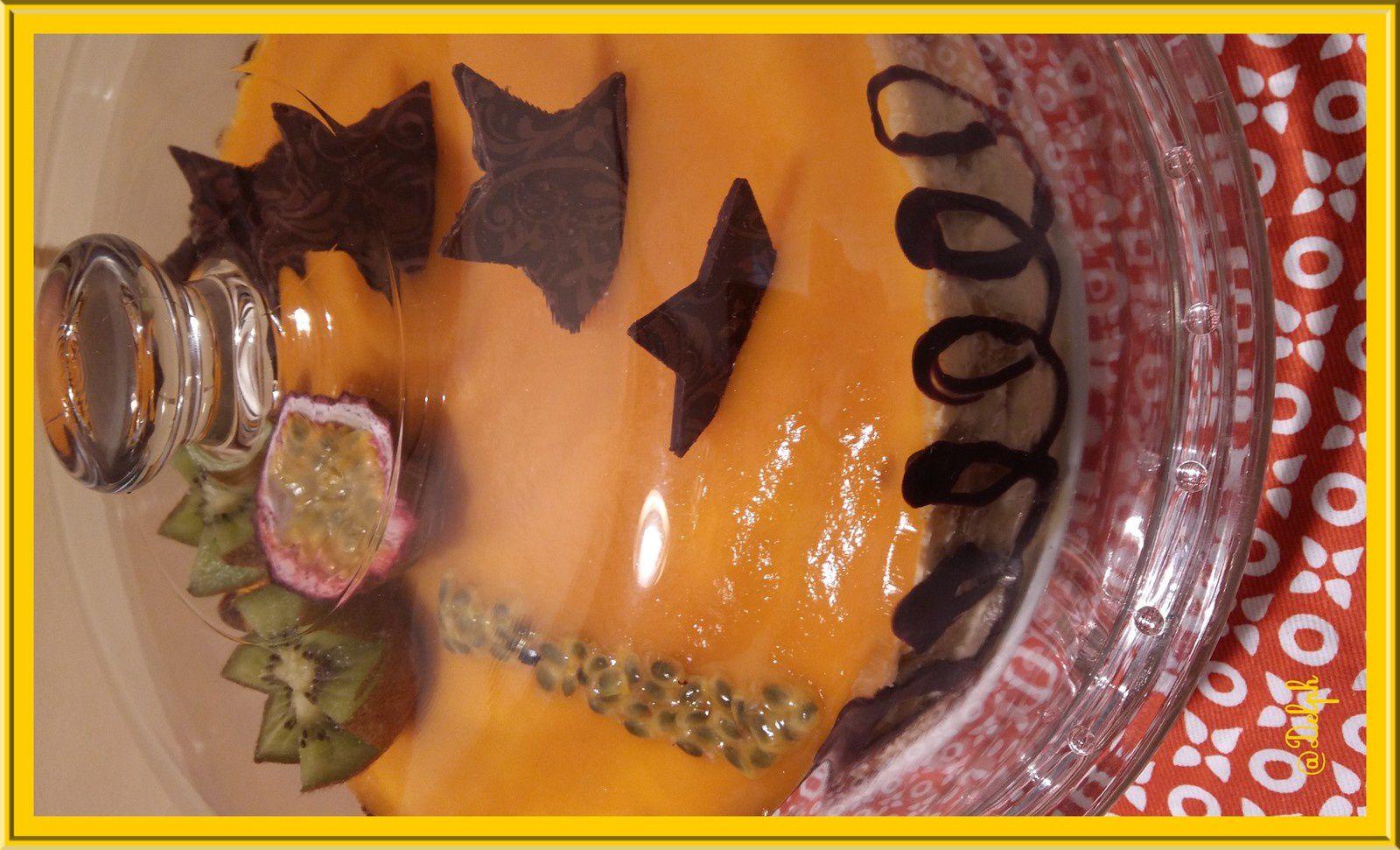 Entremet Vanille Passion, brunoise d'Ananas et gelée de mangue