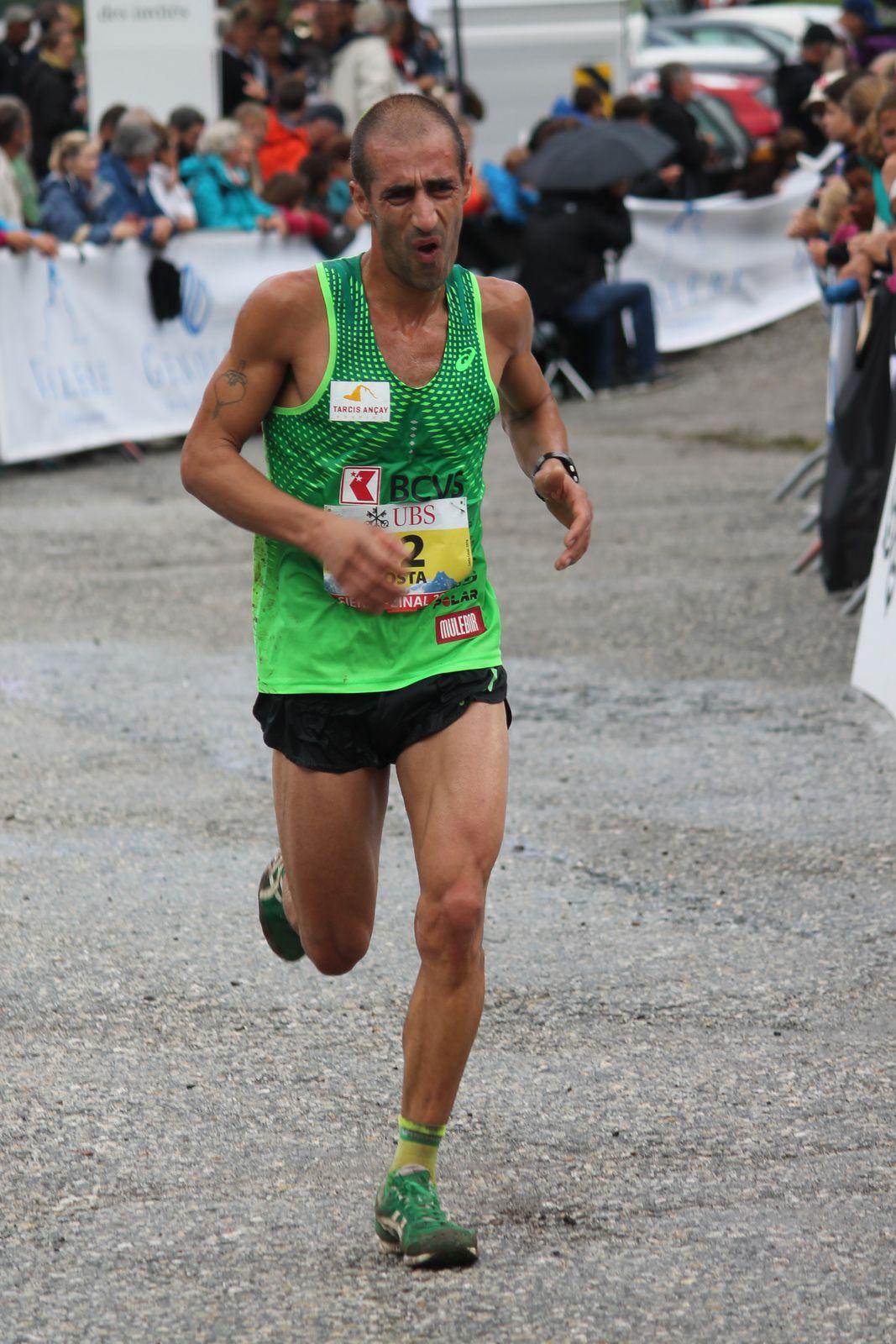 César Costa (photo/A) a souffert dans les 5 derniers kilomètres