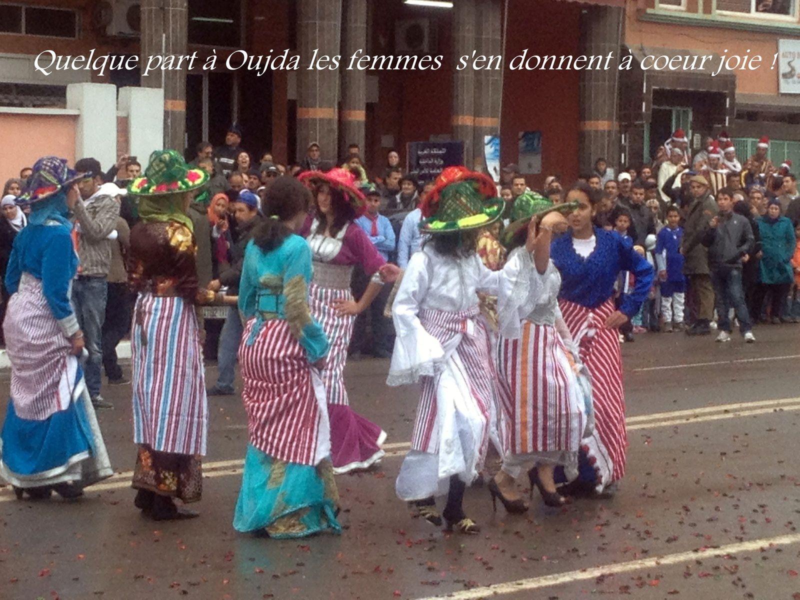 Danse Collective des femmes à Oujda