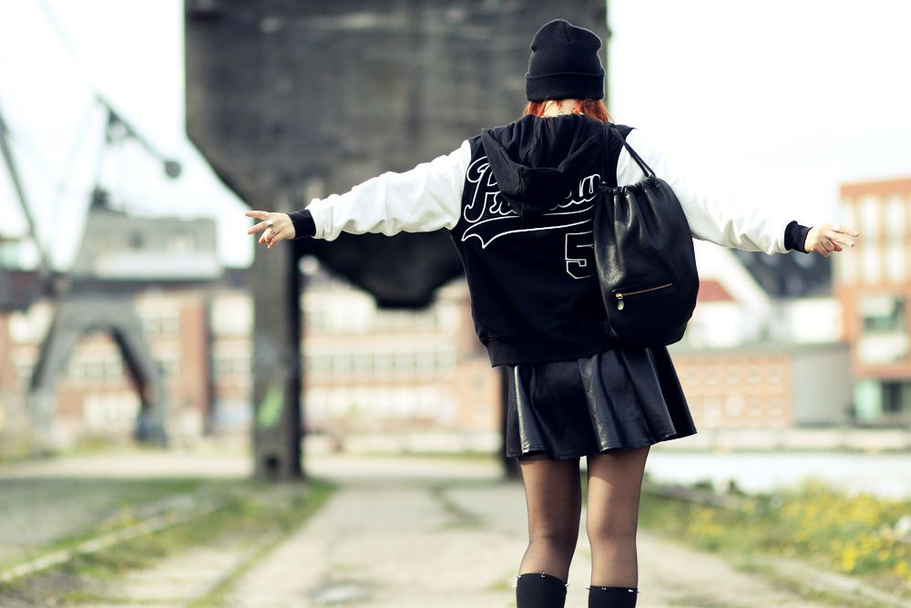 Outfit: the school girl