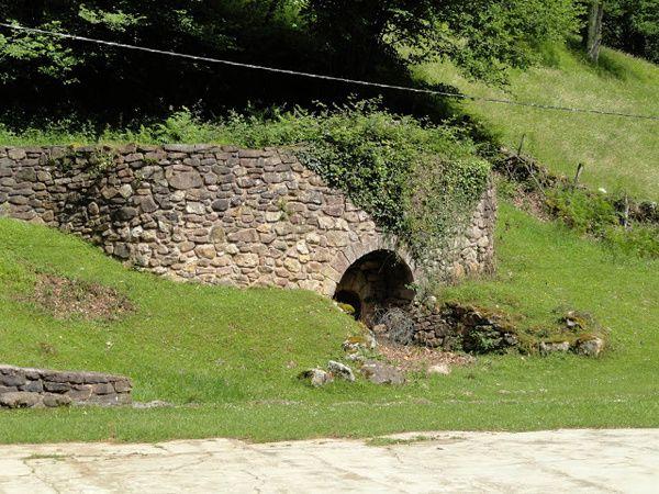 ARITZACUN, village abandonné. 27 juin 2016.