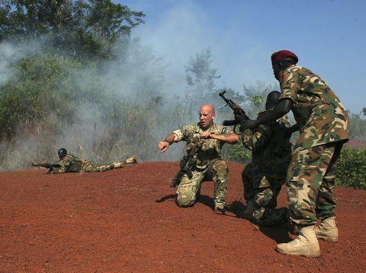 Exclusif : selon un Général US, encore plus de Marines pourraient être déployés en Afrique