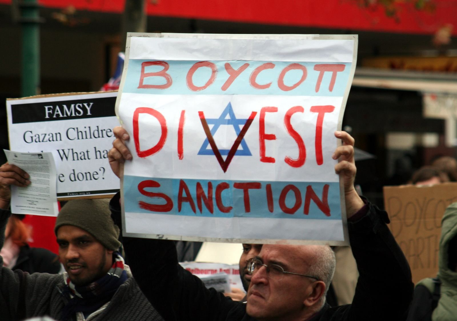 Irish student union joins boycott Israel campaign  (Press TV)