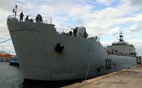Un pétrolier en provenance d'un port détenu par les rebelles libyens est entré dans les eaux égyptiennes (The Daily Star)
