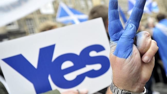 Ecosse : votez oui pour la paix dans le monde / Scotland: Vote Yes for World Peace (Press TV)