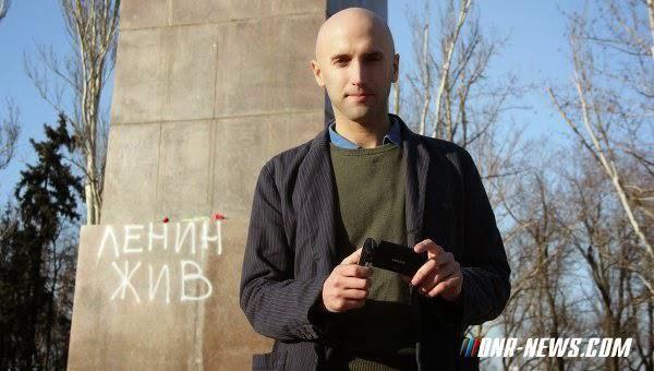 Nouvelles du &quot&#x3B;monde libre&quot&#x3B; : Le journaliste britannique Graham Phillips arrêté à l'aéroport de Londres! (DNR-News)