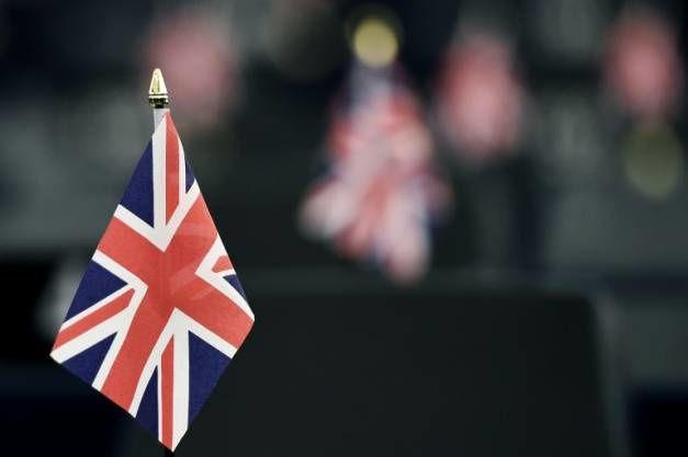 """Près de 6 Français sur 10 (58%) souhaitent que le Royaume-Uni reste dans l'Union européenne, tandis que plus des trois-quarts des sympathisants du Front national souhaitent un """"Brexit"""", selon un sondage BVA pour Orange et iTELE ( AFP/Archives / FREDERICK FLORIN )"""