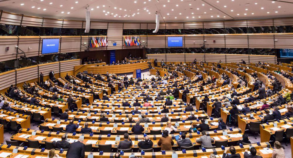 Les députés européens mettent Sputnik et Daesh sur le même plan (Sputniknews)