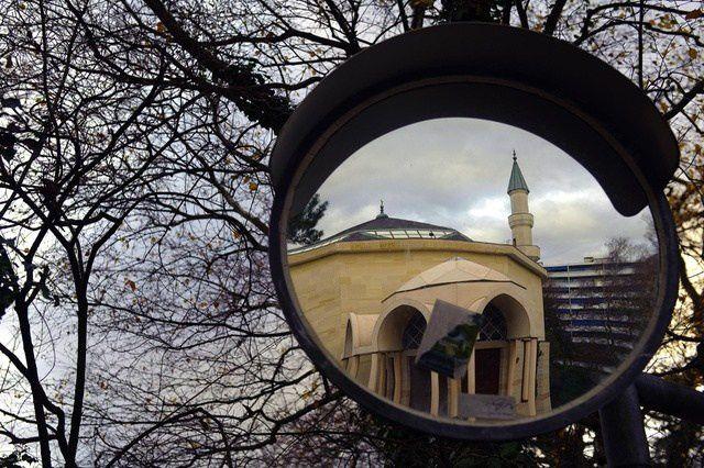 La mosquée de Genève, au Petit-Saconnex est la plus grande de Suisse. Fondée en 1978, elle est une des premières d'Europe à avoir été financée par l'Arabie Saoudite (AFP)