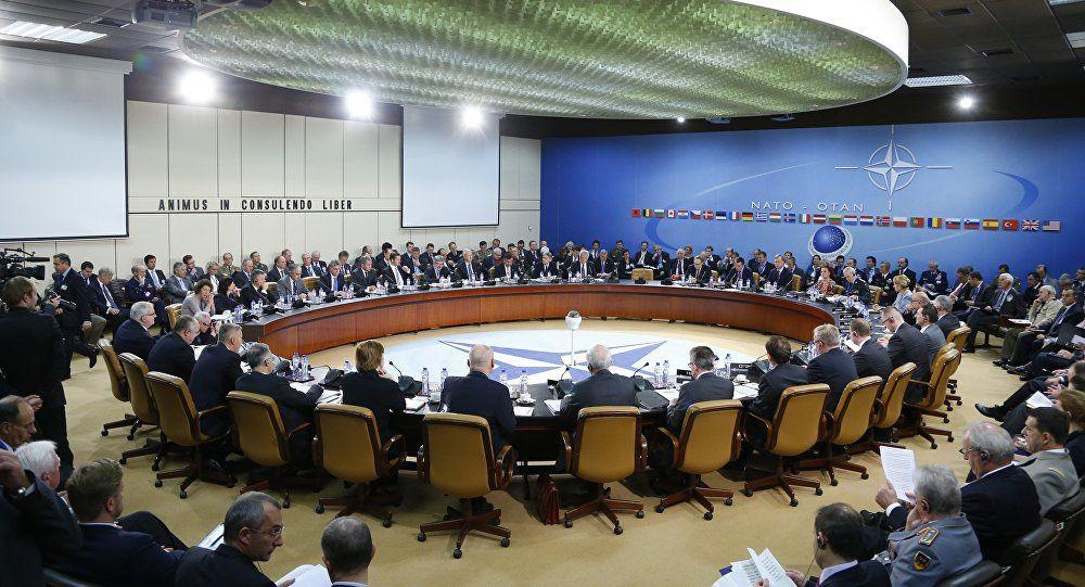 Le double avertissement du chef de l'OTAN à Donald Trump et aux Européens (Bruxelles2.eu)