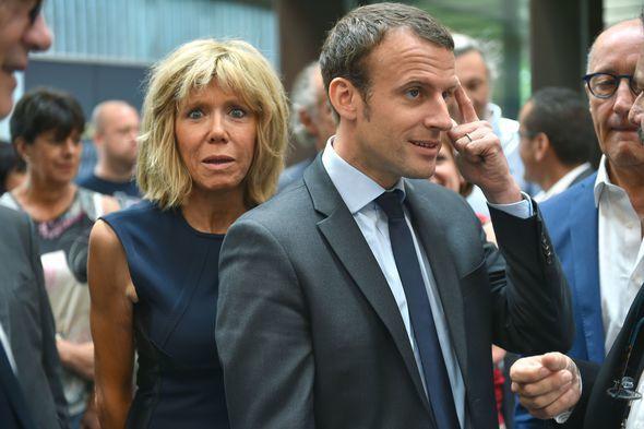 Voici la Une de Charlie Hebdo sur Macron et sa femme qui a choqué certains internautes !