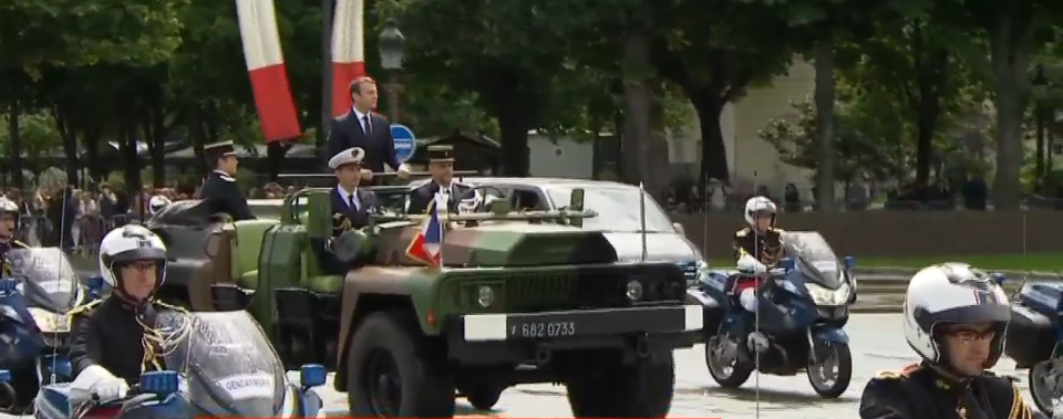 Macron s'affiche comme le nouveau chef de guerre du complexe militaro-industriel français [Vidéo]