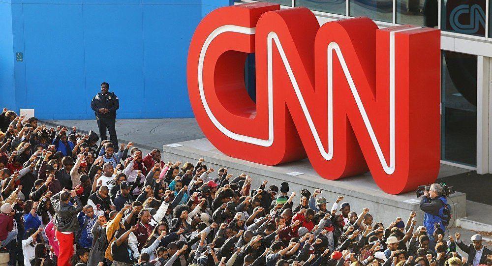 Un producteur de CNN déclare : &quot&#x3B;Les électeurs étatsuniens sont stupides comme de la merde&quot&#x3B; (Vidéo)