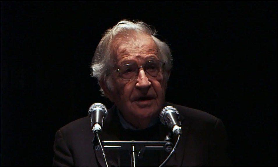 Noam Chomsky - &quot&#x3B;Requiem pour le rêve américain&quot&#x3B; (Vidéo)