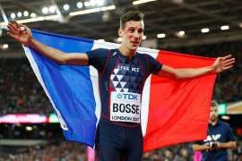 Le Français Bosse ...Ce n 'est pas une plaisanterie ...