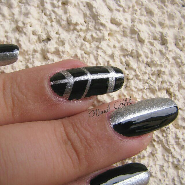 "Nail art sur Met20 ""Gris"" par Miss Europe"