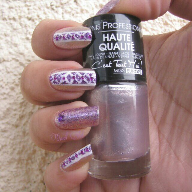 "Nail Art sur Met7 ""Lilas Clair"" par Miss Europe"