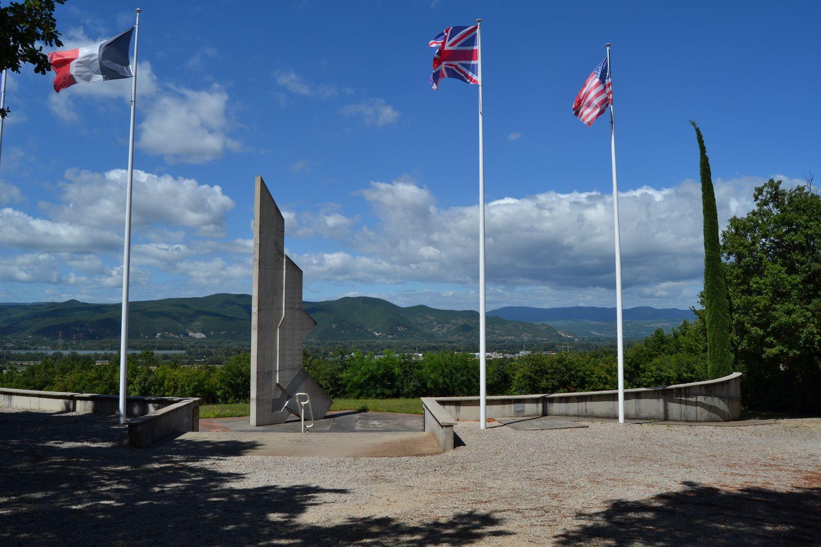 Le Mémorial De La Drôme à Mirmande (Drôme 26)