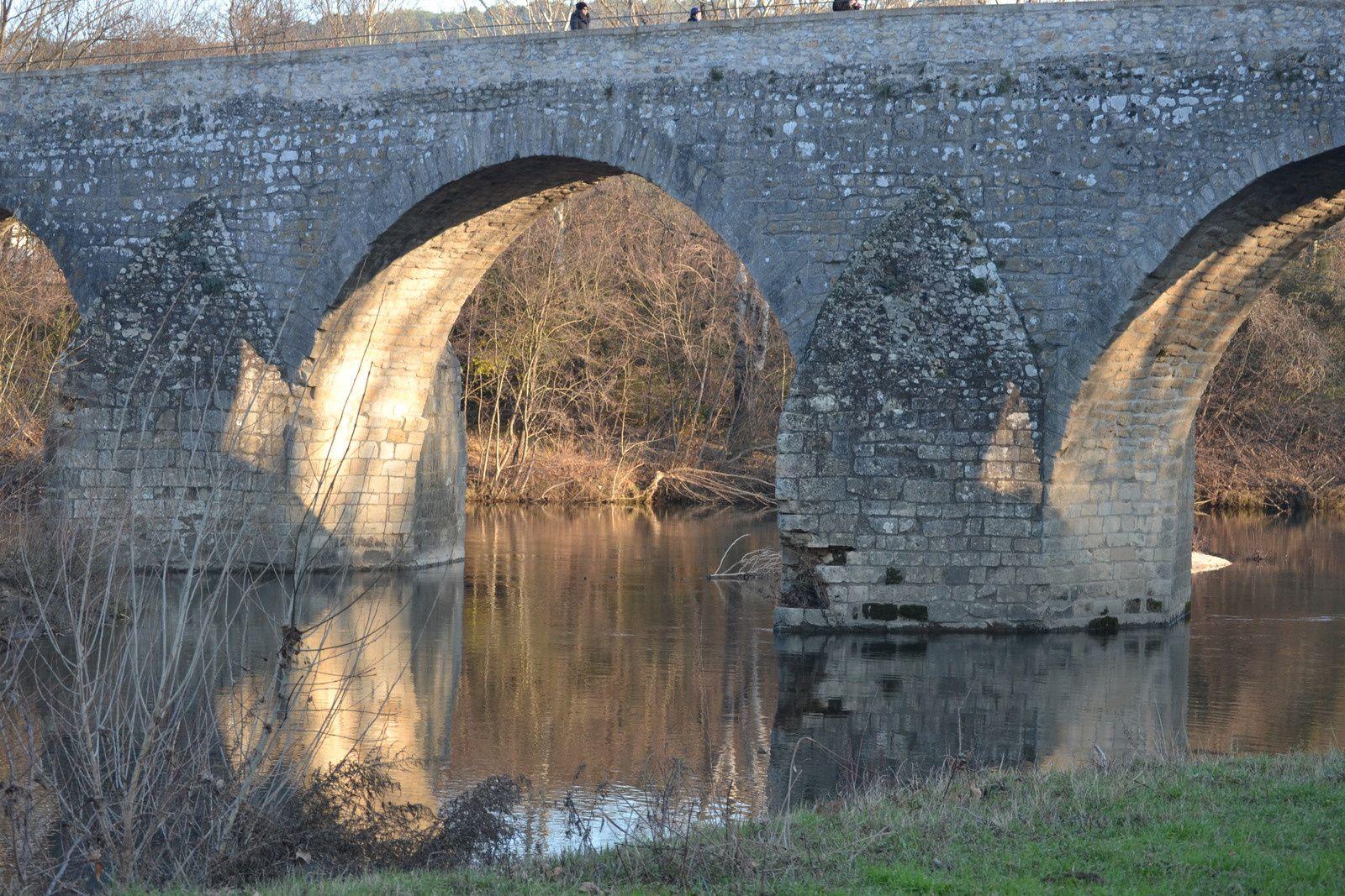 Le Pont Charles Martel De La Roque Sur Cèze (Gard 30)