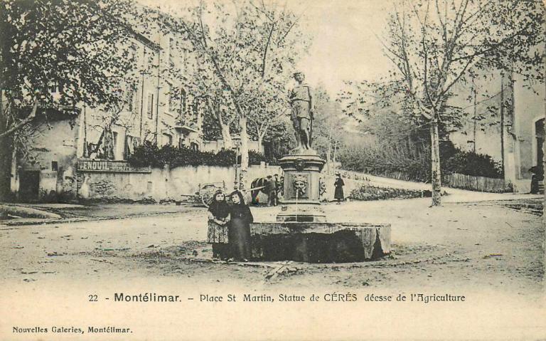 La Fontaine De L'Eté à Montélimar (Drôme 26)