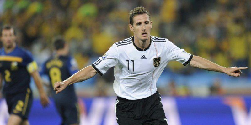 Miroslav klose prend sa retraite internationale sports - Le meilleur buteur de la coupe du monde ...