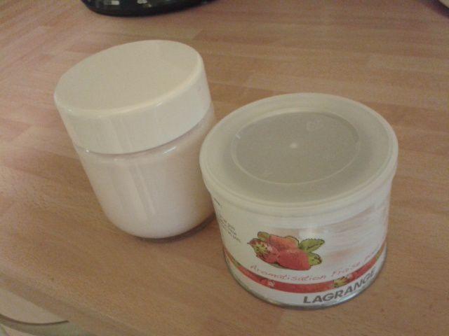 Testé pour vous: L'aromatisation fraise pour yaourtière