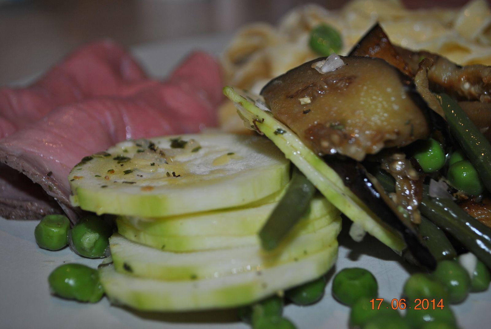 Rosbif et tagliatelles en salade, aux 3 légumes verts
