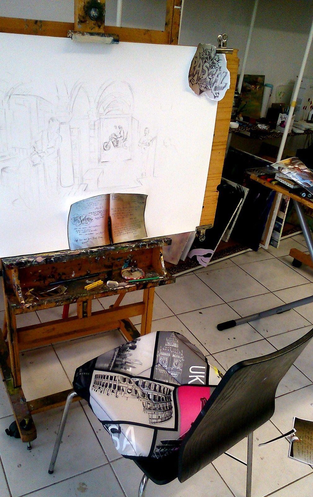 ... Mon atelier !!! Je suis quand même aussi souvent debout ! Séance de collage d'extraits du livre d'or que je vais insérer dans l'aquarelle ...