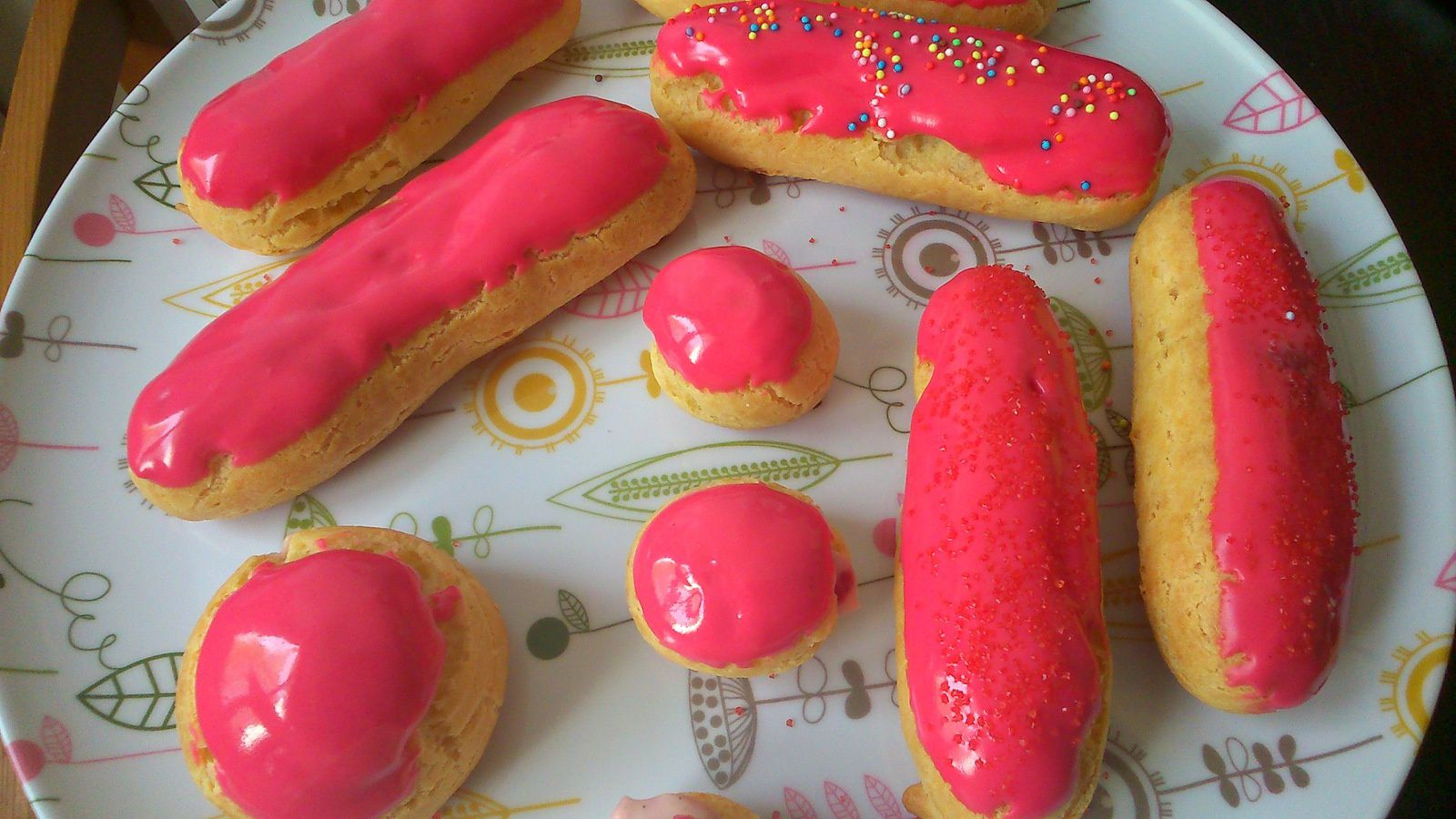 Eclairs vanille framboise gourmandises entre filles - Eclair framboise ...