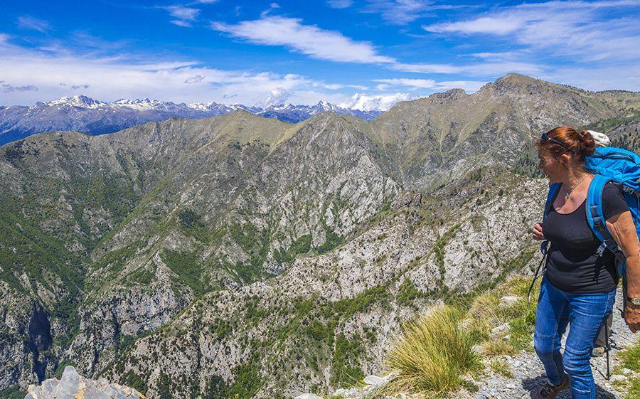 Martine fait le tour des monts Peirevieille (2038m) et Torrage (1971m) entre méditerranée et Mercantour